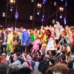 Santigold invites crowd